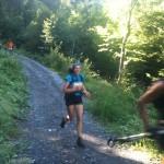 Sandrine dans la descente vers Charbonnière